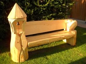 Jak by se asi sedělo na takové lavici? | Dřevěné výrobky Jan Kužel